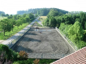 Weilermuehle-Reitplatz-1